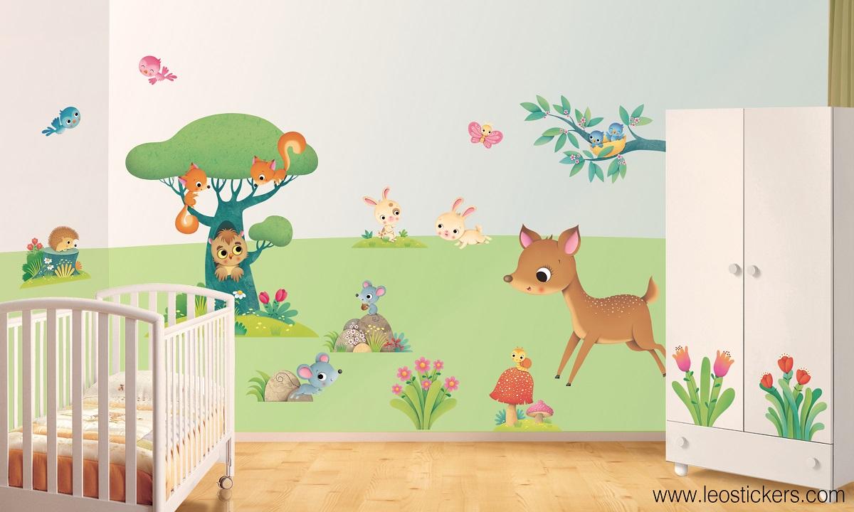 Camerette bellissime 30 foto di camerette da sogno per - Decorazioni murali per camerette bambini ...
