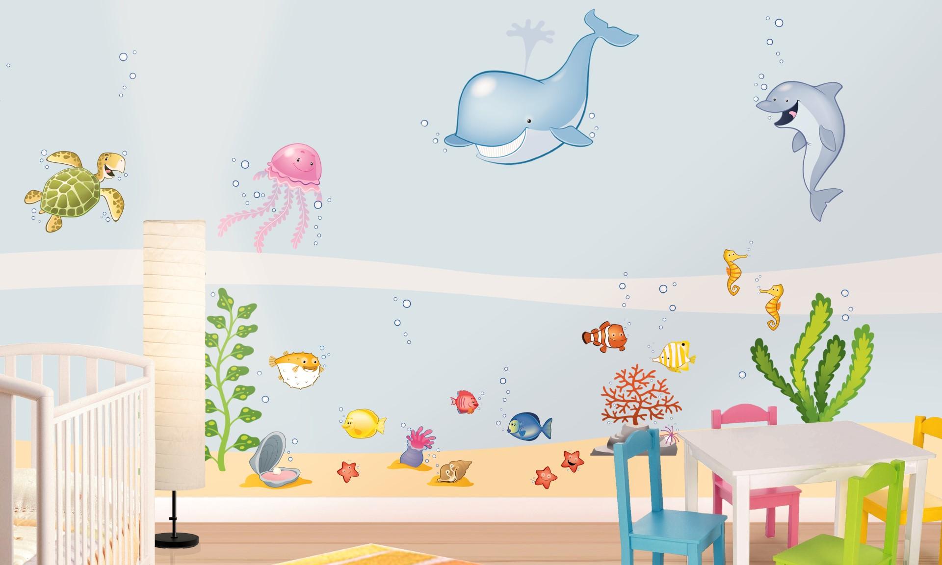 Idee cameretta bimbi le mensoline sono sempre utili in for Idee pareti cameretta neonato